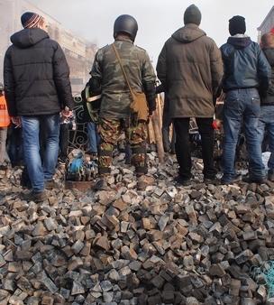 euromaidan_in_kiev_2014-02-19_12-03v