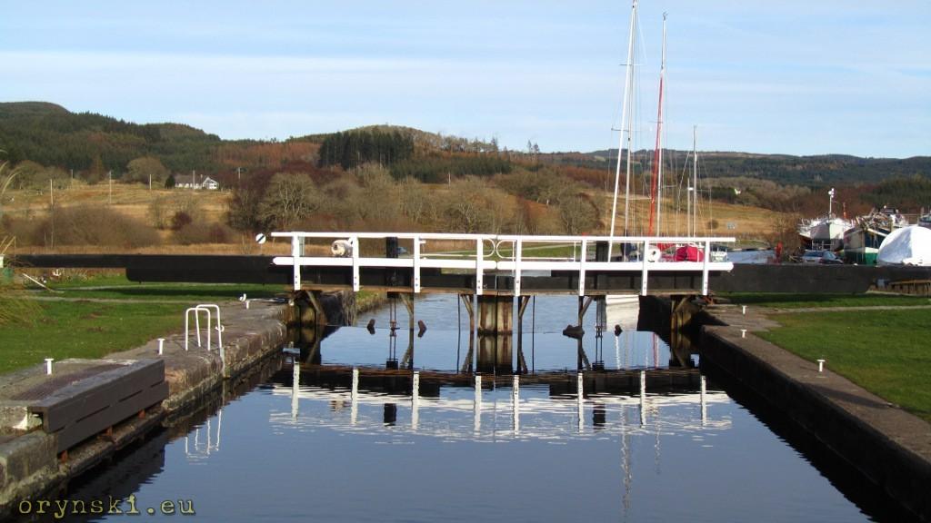 Crinan Canal w Cairnbaan