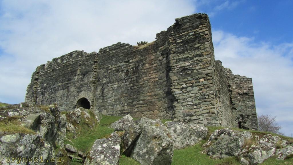 Castle Sween - zamek o stu kiblach.