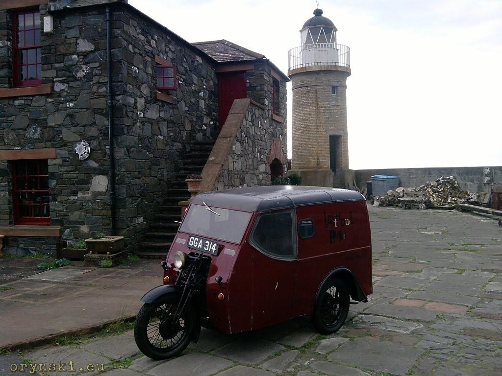 Zabytkowy Reliant w Portpatrick